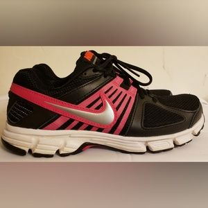 NIKE 'Downshifter 5' Running Shoe Size 7